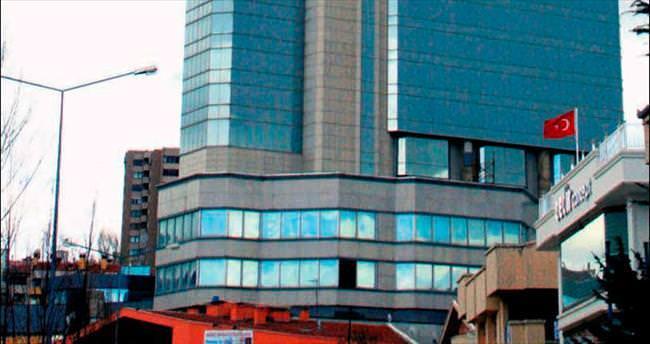 Başkentin vinçli oteli satılıyor