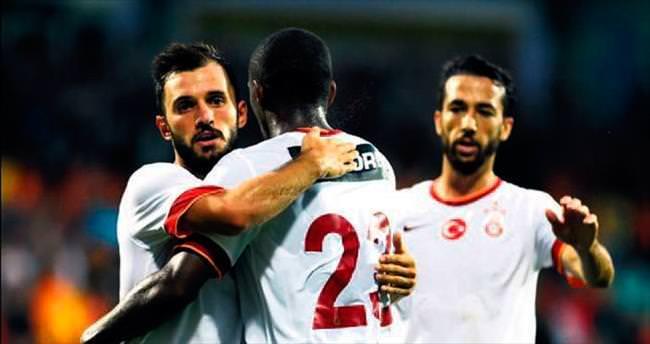 Galatasaray yeni isimleriyle güldü