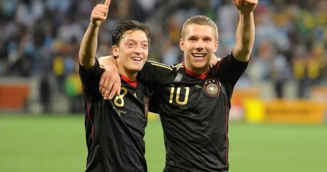 Mesut Özil: Podolski doğru kararı verdi