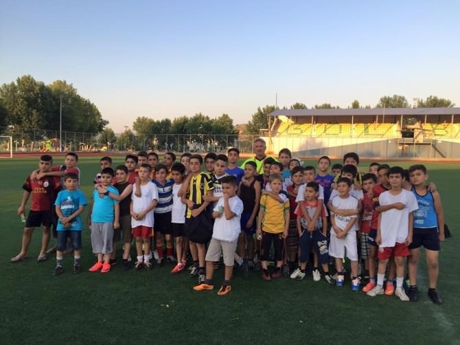 Gölbaşı Belediyespor Yaz Spor Okulu Devam Ediyor