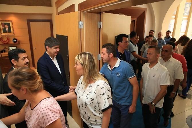 Başkan Türel, Belediye Personeliyle Bayramlaştı