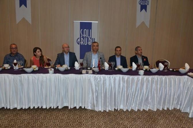 Vali Türker Salı Grubu İşadamlarıyla İftarda Buluştu