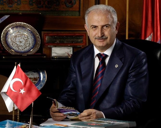 Rektör Prof. Dr. Koçak'tan Bayram Tebriği