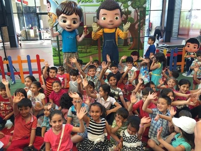 Forum Gaziantep'in Minik Ziyaretçileri Can'ı Çok Sevdi