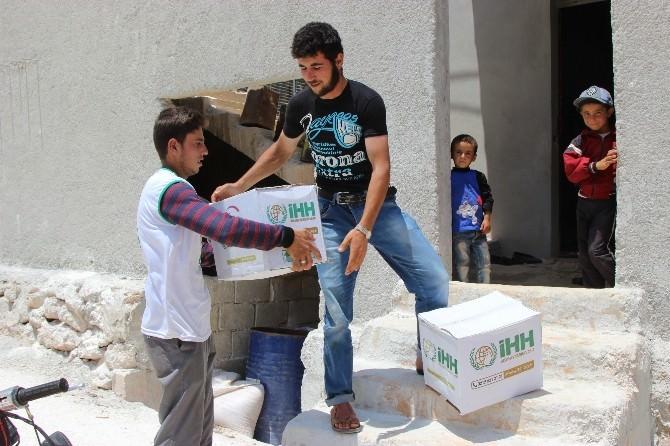 İHH'dan Suriye'ye 550 Tır'lık Yardım