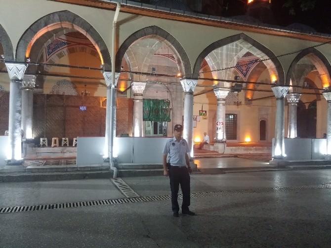 Zabıta'dan Cami Önlerinde Önlem