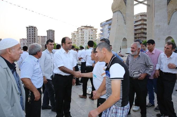 Karaköprü'de Kardeşlik Sofrası Kuruldu