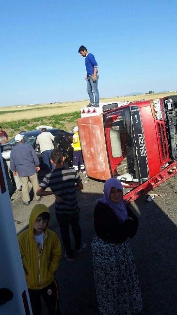 Acıgöl'de Trafik Kazası: 6 Yaralı