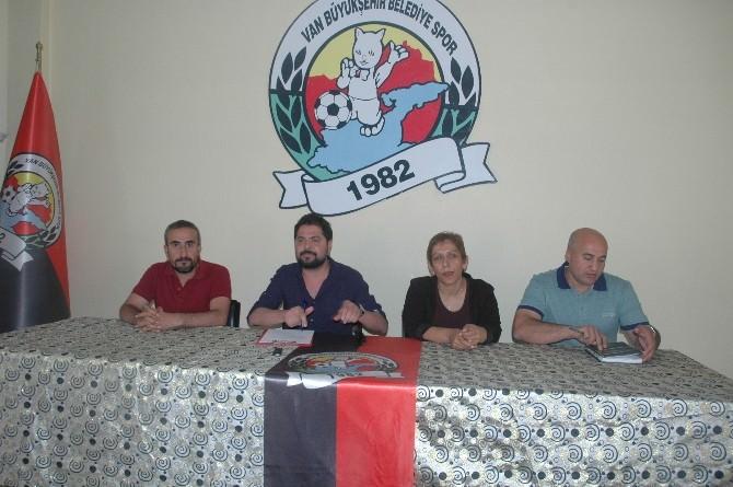 Van Büyükşehir Belediyespor Kulüp Eş Başkanı Değişti