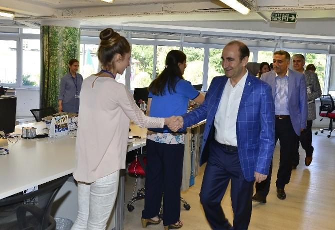 Yıldırım Belediye Başkanı İsmail Hakkı Edebali Belediye Çalışanları İle Bayramlaştı