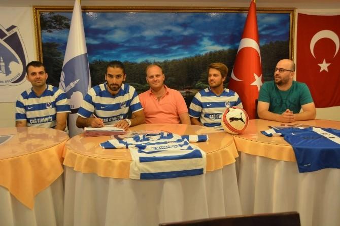 Yunusemre Belediyespor 3 Futbolcu İle Sözleşme İmzaladı