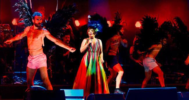 Sezen Aksu'dan 40. yıla özel konser