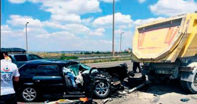 İncek'te feci kaza: 1 ölü, 3 yaralı