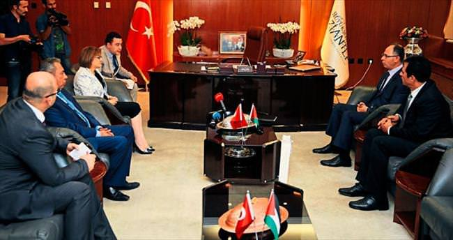 Başkan Şahin'in Filistinli misafiri