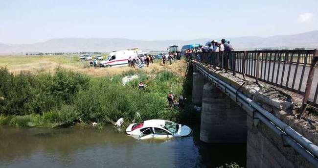 Erzurum'da trafik kazası: Aile yok oldu!