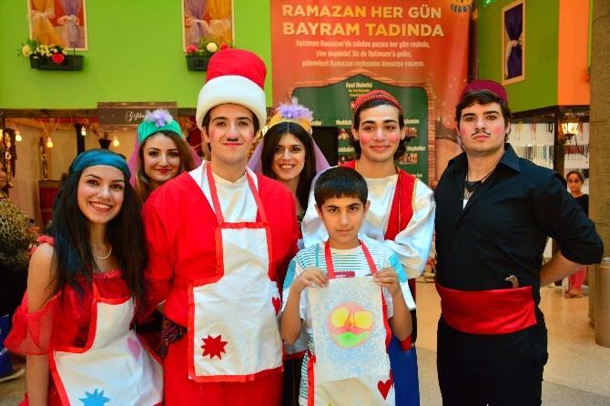 Minikler Optimum'da Ebru Sanatını Eğlenerek Öğrendi