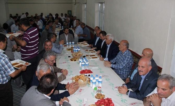 Milletvekili Kahveci Köyünde İftar Verdi
