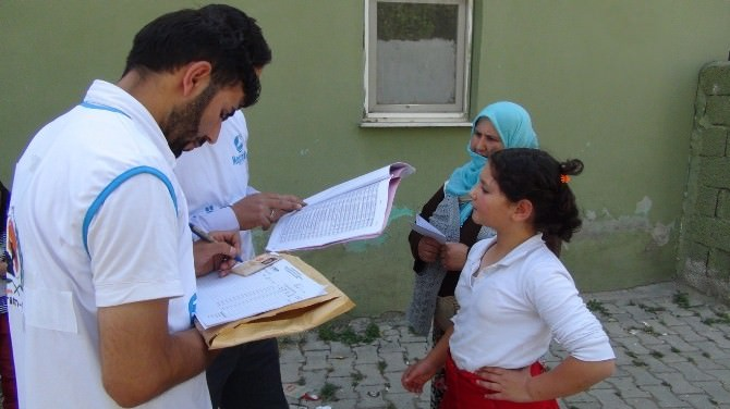 Avrupa Yetim Der'den Ağrılı Muhtaç Ailelere Yardım Eli