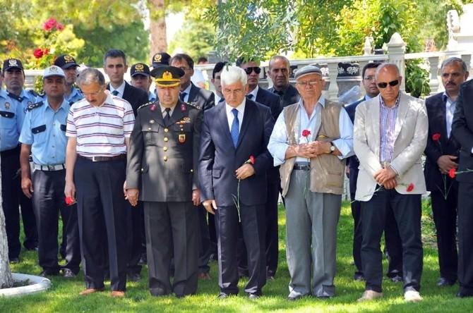 Karaman'da Şehitlik Ziyaret Edildi