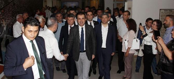 Bakan Çelik, Adana'da Partililerle Bayramlaştı