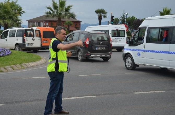 Emniyet Müdürü Trafik Polisi Gibi Çalıştı