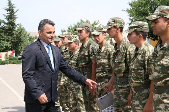 Yavuzaslan Ermenistan Sınırındaki Azerbaycan Askerleriyle Bayramlaştı