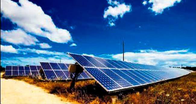 Aydın'da sanayicinin elektriği güneşten