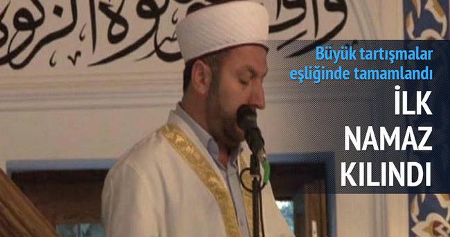 Validebağ'daki camide ilk namaz!