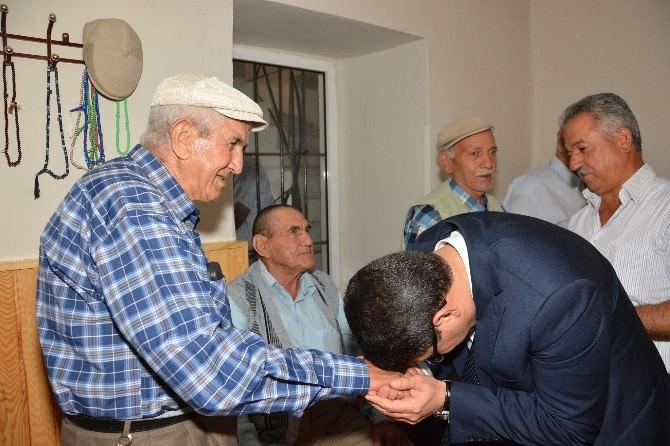 Başkan Çelik Bayramı Halkın Arasında Geçirdi