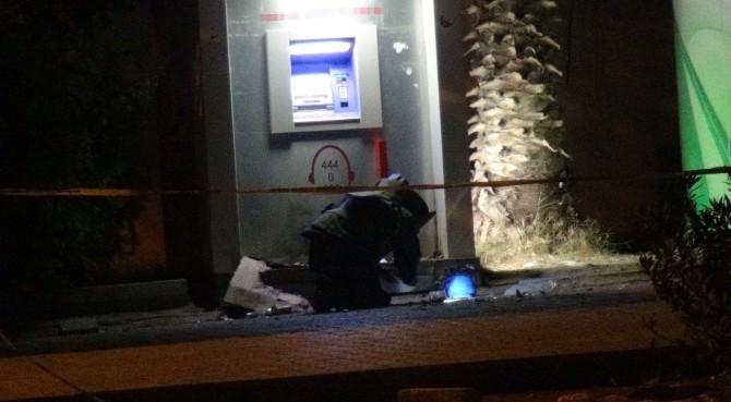 Mardin'de Bomba Süsü Verilmiş Paket İmha Edildi