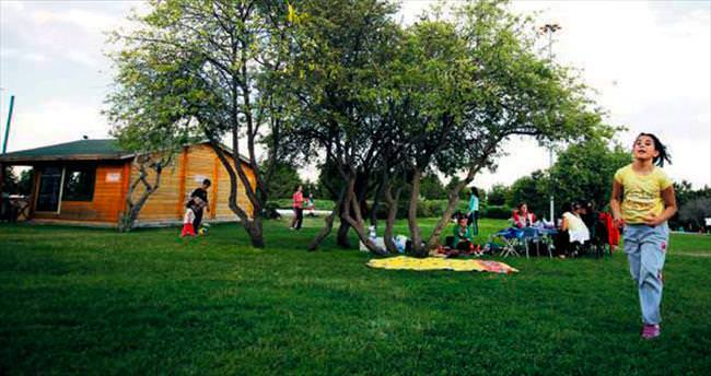 Ankara'nın gözdesi Çankaya parkları