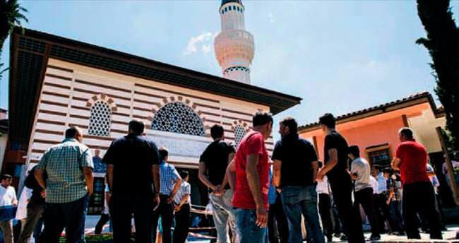 Validebağ Koru Camisi ibadete açıldı