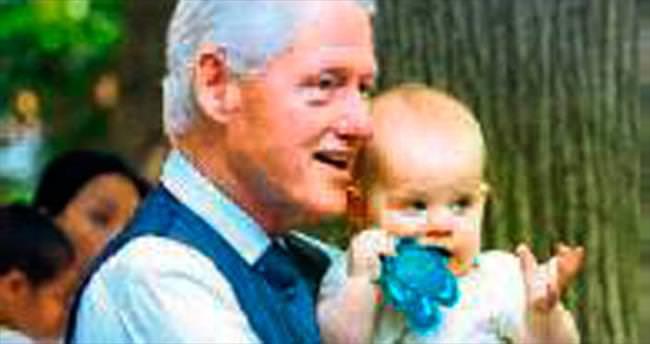 Clinton'ın torun keyfi