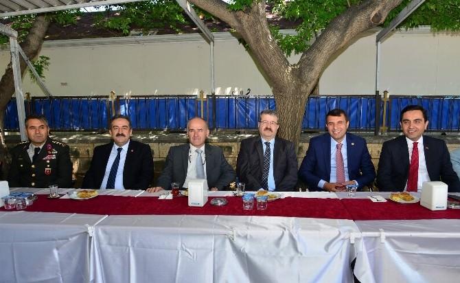 Kırşehir'de Bayramlaşma Töreni