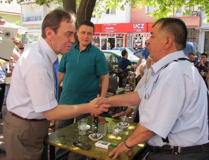 Milletvekili Kavuncu Hisarcık'ta Halkla Bayramlaştı