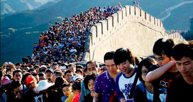 Çatışmalar ve turistler tarihi yok ediyor