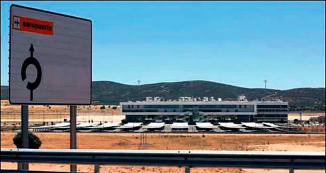 İspanya'da 10 bin euroya havalimanı