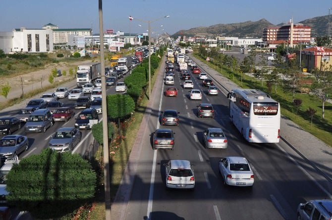 Afyonkarahisar'da Trafik Yoğunluğu