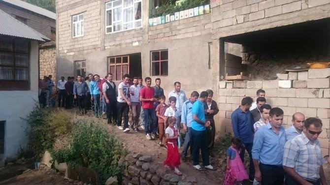Şemdinli'de Bayram Kültürü Halen Yaşatılıyor