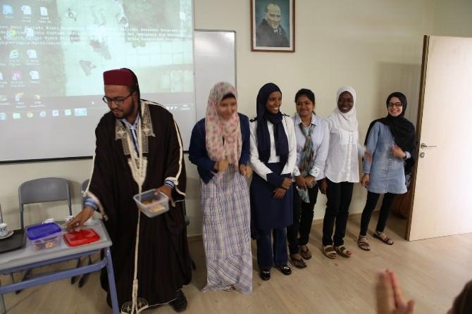 117 Yabancı Öğrenci Çukurova Üniversitesi'nde 'Türkçe' Öğrendi