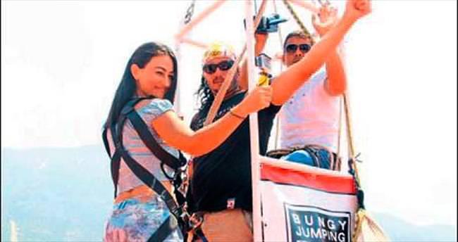 Bayramda bungee jumping