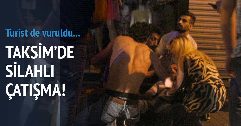 İstiklal'de silahlı çatışma!