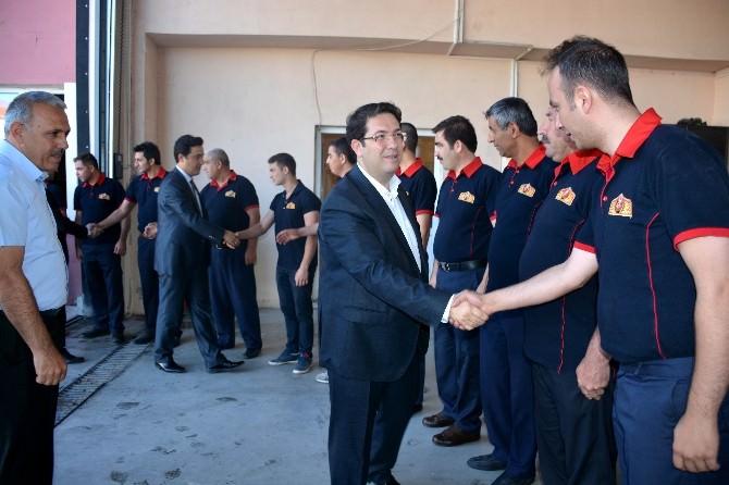 Başkan Yazgı, Belediye Personeli İle Bayramlaştı