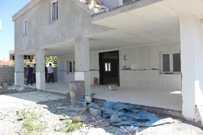 Ceylanpınar'da İnşaatı Yarım Kalan Cami Yardım Bekliyor