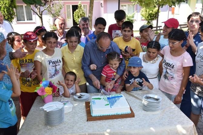 Üzülmez, Özel Çocukların Bayramını Unutmadı