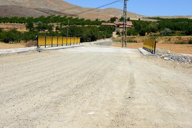 Bulgurlu Ve Kömekavak Köprüleri Yenilendi