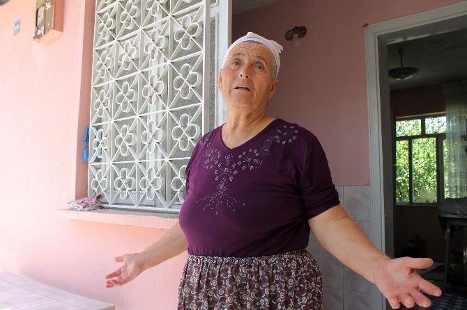 Denizli'de Bir Kadın Evde Bıçaklanmış Halde Bulundu