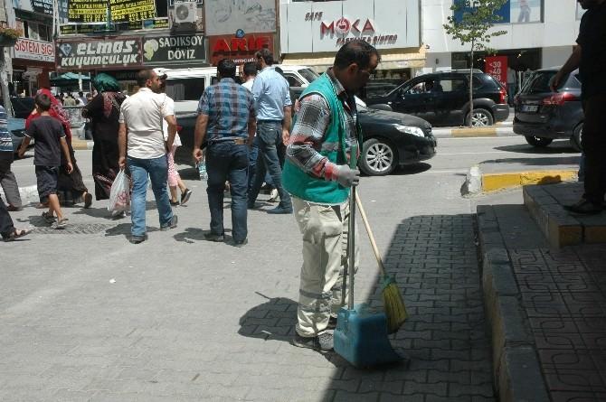Belediye Ekiplerinden Bayram Sonrası Temizlik