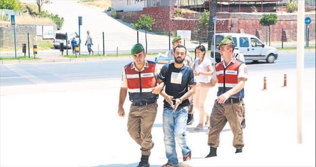 Jandarma eroin baskını yaptı 1 kişi tutuklandı