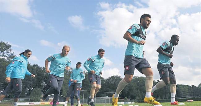 Ankara ekiplerinden Hollanda çıkarması